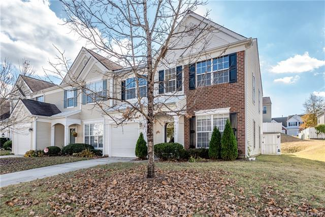 6829 Beverly Springs Drive, Charlotte, NC 28270 (#3453934) :: Exit Mountain Realty