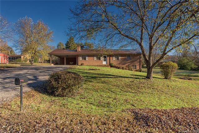 2005 Hazelwood Drive, Statesville, NC 28625 (#3454035) :: Besecker Homes Team