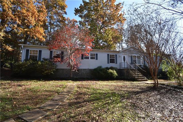 4333 Greenbriar Drive, Hickory, NC 28602 (#3454110) :: High Performance Real Estate Advisors