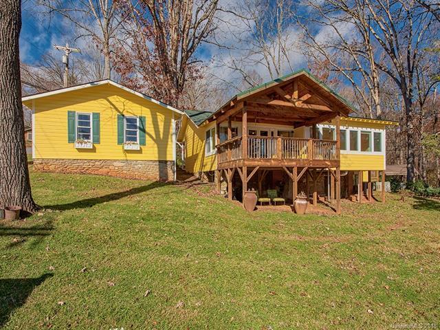 52 Auburn Road, Waynesville, NC 28786 (#3454167) :: Rinehart Realty