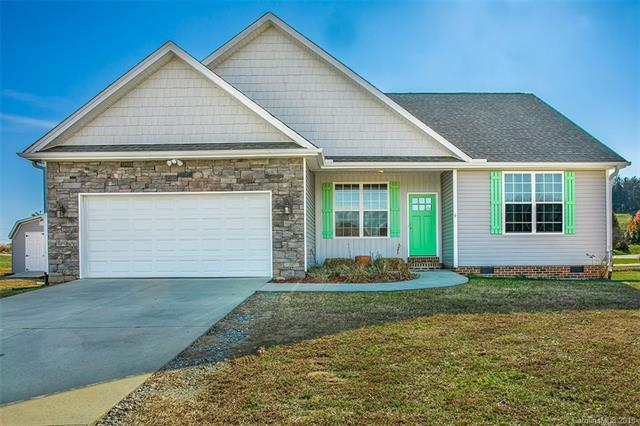72 Beck Creek Circle, Flat Rock, NC 28731 (#3454199) :: DK Professionals Realty Lake Lure Inc.