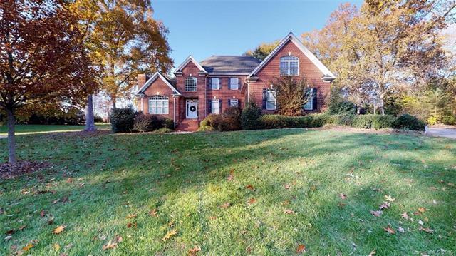 3607 Roxburgh Lane, Gastonia, NC 28056 (#3454277) :: Homes Charlotte