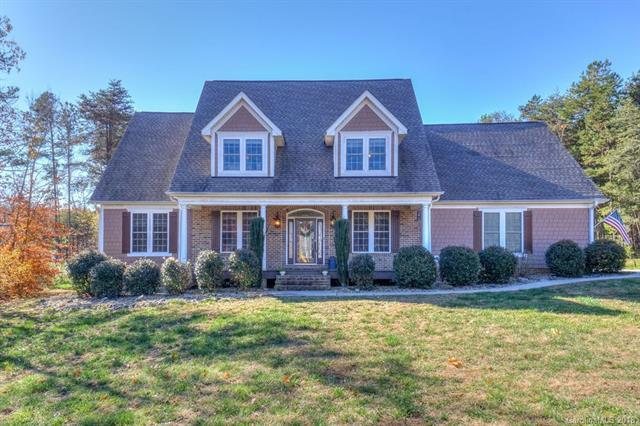 8193 Bennett Lane, Sherrills Ford, NC 28673 (#3454710) :: LePage Johnson Realty Group, LLC