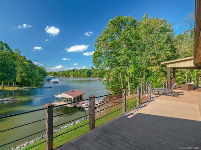 122 Mcnaron Lane, Mooresville, NC 28117 (#3454891) :: Roby Realty