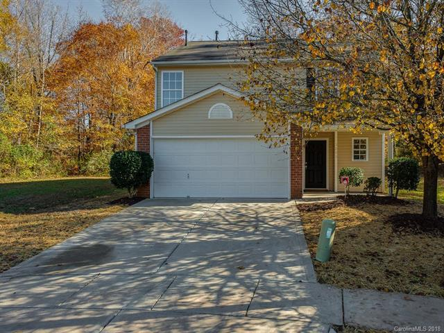 3203 Braden Drive, Charlotte, NC 28216 (#3455358) :: Exit Mountain Realty