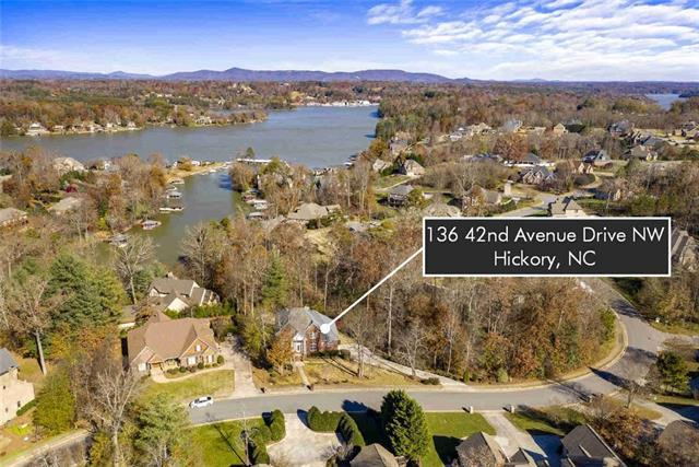 136 42nd Avenue Drive NW, Hickory, NC 28601 (#3455394) :: LePage Johnson Realty Group, LLC