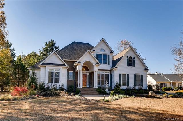 16011 Elizabeth Berry Court, Fort Mill, SC 29708 (#3455419) :: The Andy Bovender Team