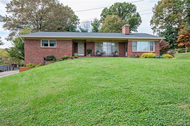 564 Oakmont Drive, Canton, NC 28716 (#3456154) :: TeamHeidi®
