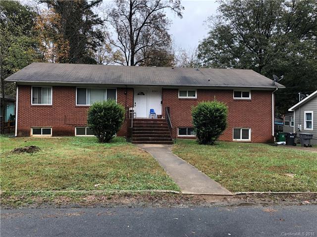 1818 Kennesaw Drive, Charlotte, NC 28216 (#3456228) :: Team Honeycutt