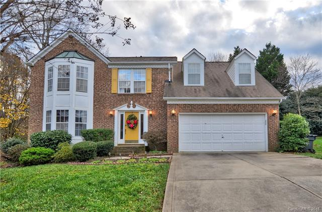 9040 Tayside Court, Huntersville, NC 28078 (#3456436) :: Zanthia Hastings Team