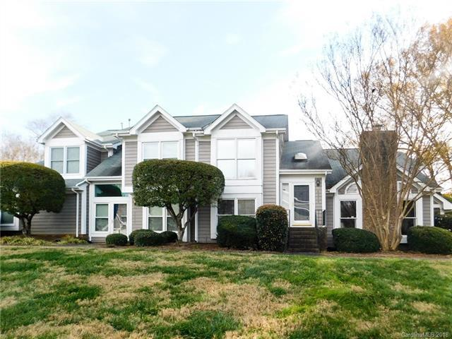 8254 Legare Court, Charlotte, NC 28210 (#3456733) :: Keller Williams South Park