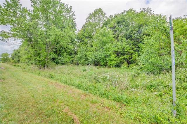 893 Leanne Drive, Mills River, NC 28759 (#3456825) :: Rinehart Realty