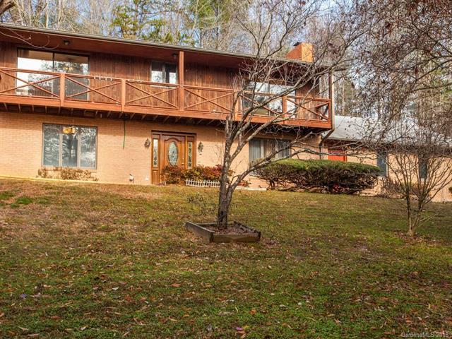 117 Viewcrest Drive, Hendersonville, NC 28739 (#3456826) :: Rinehart Realty