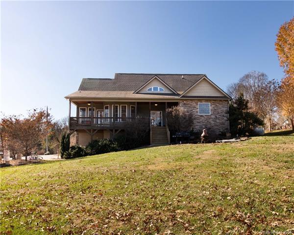 10 Overlook Drive, Candler, NC 28715 (#3456919) :: Keller Williams Biltmore Village