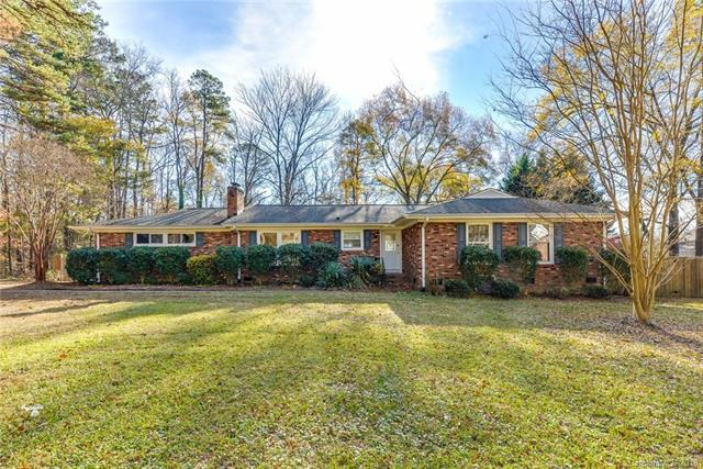 2610 Mt Holly Huntersville Road, Charlotte, NC 28214 (#3457167) :: Puma & Associates Realty Inc.