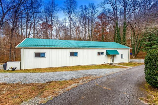 4204 Greenville Highway, Brevard, NC 28712 (#3457261) :: The Ramsey Group