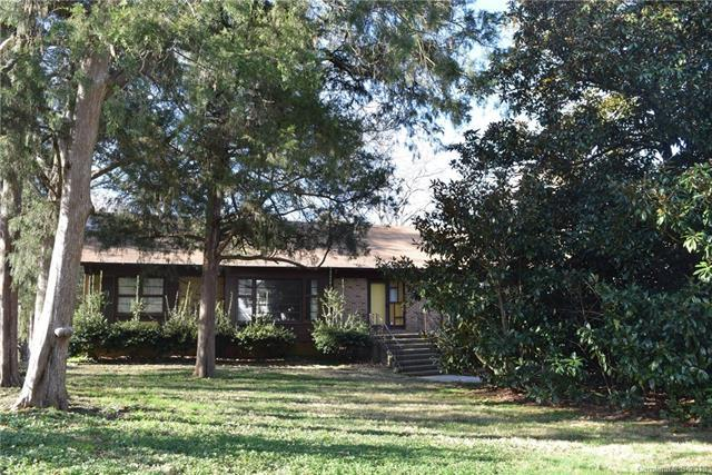 6522 Newhall Road, Charlotte, NC 28270 (#3457277) :: Exit Mountain Realty