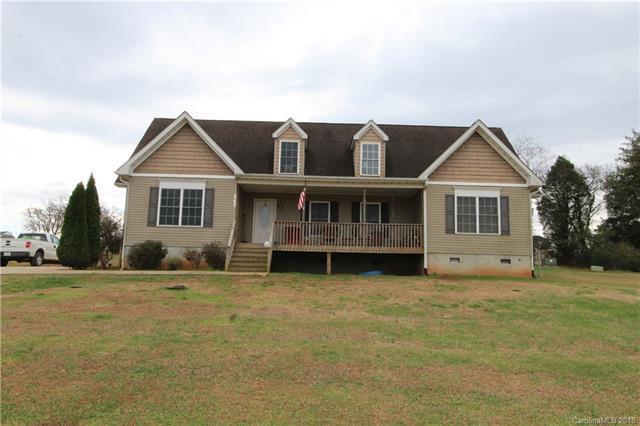3845 Isenhour Farm Road, Lincolnton, NC 28092 (#3457303) :: Mossy Oak Properties Land and Luxury