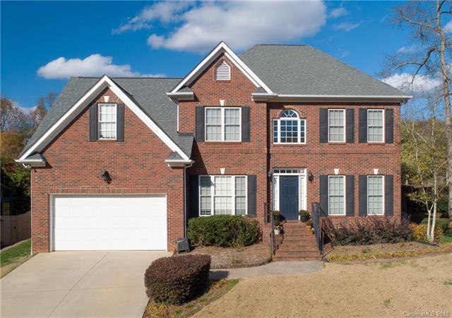 104 Stirling Heights Lane, Fort Mill, SC 29715 (#3457689) :: The Elite Group