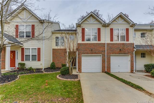 17043 Commons Creek Drive, Charlotte, NC 28277 (#3457730) :: David Hoffman Group