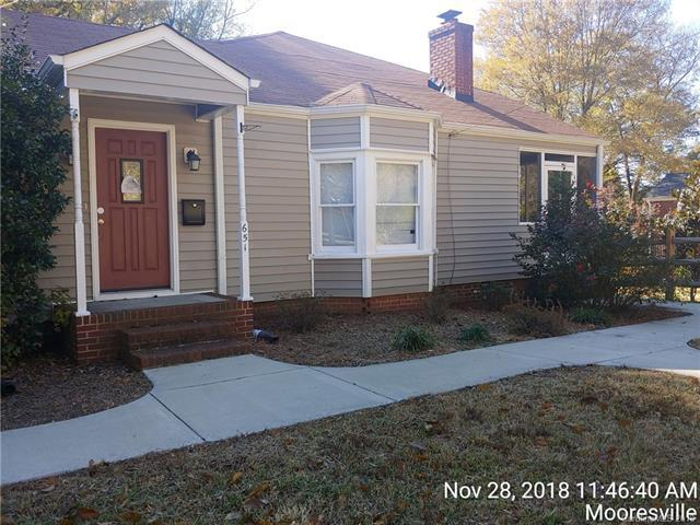 651 E Iredell Avenue, Mooresville, NC 28115 (#3457782) :: Odell Realty
