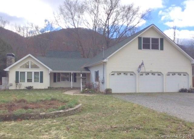1075 Moody Farm Road, Maggie Valley, NC 28751 (#3458009) :: Exit Realty Vistas