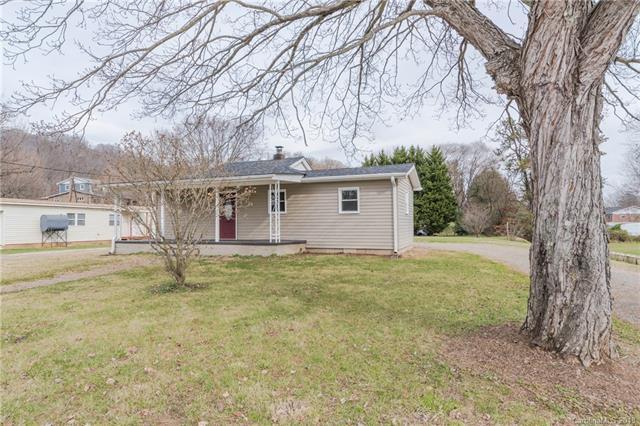 62 5th Street, Waynesville, NC 28786 (#3458262) :: Caulder Realty and Land Co.