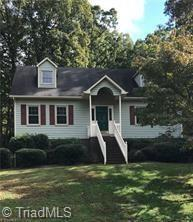 977 Woodhaven Drive, Winston Salem, NC 27105 (#3458281) :: Exit Mountain Realty