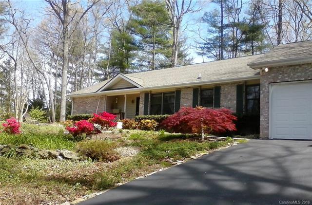 720 Salisbury Road, Hendersonville, NC 28792 (#3458413) :: DK Professionals Realty Lake Lure Inc.