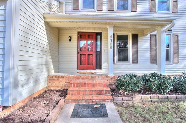 4109 Waterford Drive #16, Charlotte, NC 28226 (#3458501) :: MartinGroup Properties