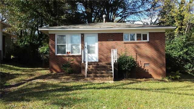 1125 Mulberry Avenue, Charlotte, NC 28216 (#3458702) :: Chantel Ray Real Estate