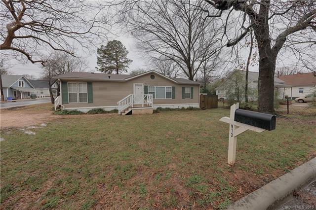 813 Spruce Street, Mooresville, NC 28115 (#3458703) :: Rinehart Realty