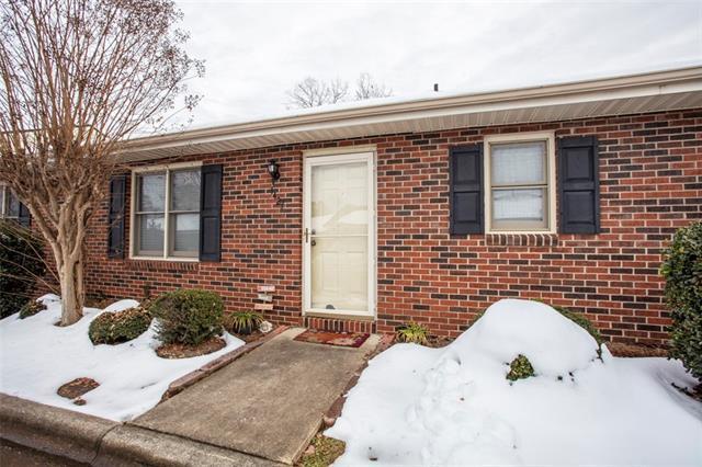 1427 19TH Avenue NE, Hickory, NC 28601 (MLS #3458843) :: RE/MAX Impact Realty