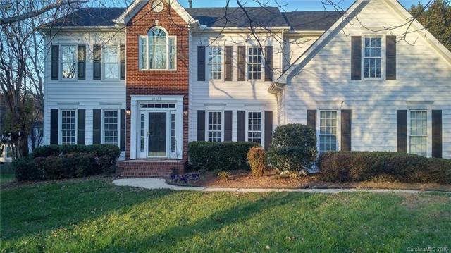 10323 Grosson Court, Huntersville, NC 28078 (#3458889) :: The Temple Team