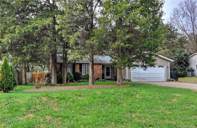 7341 Brigmore Drive, Charlotte, NC 28226 (#3458900) :: LePage Johnson Realty Group, LLC