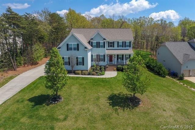 352 Cove Creek Loop, Mooresville, NC 28117 (#3458940) :: Mossy Oak Properties Land and Luxury