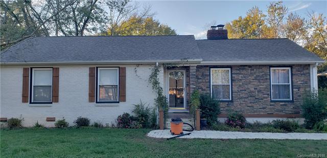 5214 Seacroft Road, Charlotte, NC 28210 (#3459026) :: LePage Johnson Realty Group, LLC