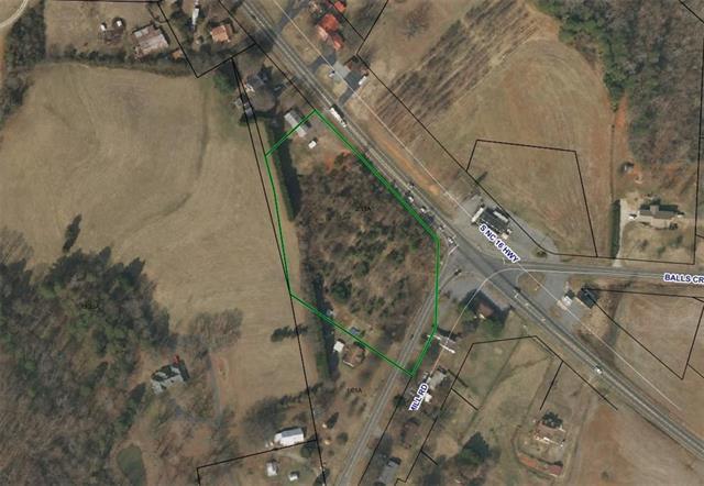3131 S Nc 16 Highway, Newton, NC 28658 (#3459081) :: The Temple Team