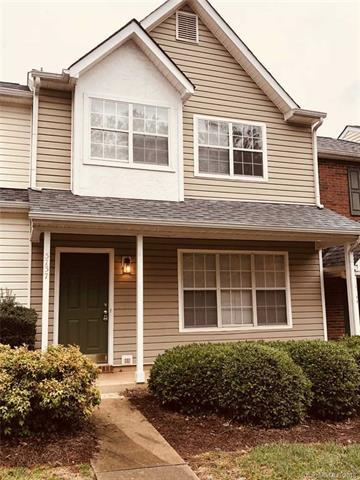 5737 Prescott Court, Charlotte, NC 28269 (#3459223) :: Exit Mountain Realty