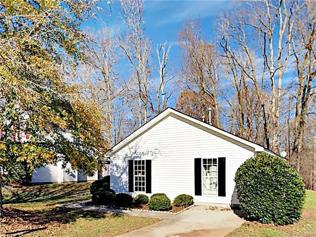 11207 Gold Pan Road, Charlotte, NC 28215 (#3459316) :: Exit Mountain Realty