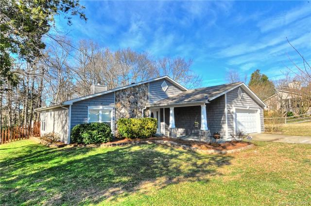 8506 Carmel Road, Charlotte, NC 28226 (#3459905) :: Exit Mountain Realty