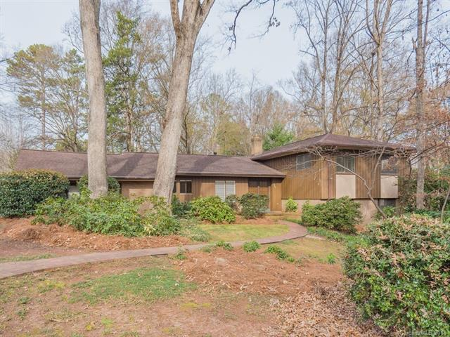 2430 Thornridge Road, Charlotte, NC 28226 (#3459936) :: Exit Mountain Realty