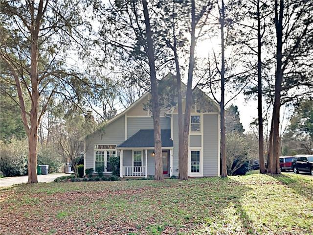 4122 Windmill Place, Charlotte, NC 28226 (#3459975) :: Exit Mountain Realty