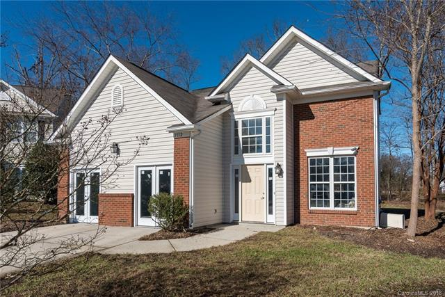 3112 Briar Rose Court, Charlotte, NC 28269 (#3460104) :: Exit Mountain Realty