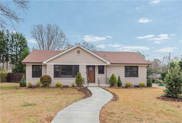 1200 Dresden Drive W, Charlotte, NC 28205 (#3460214) :: Exit Mountain Realty