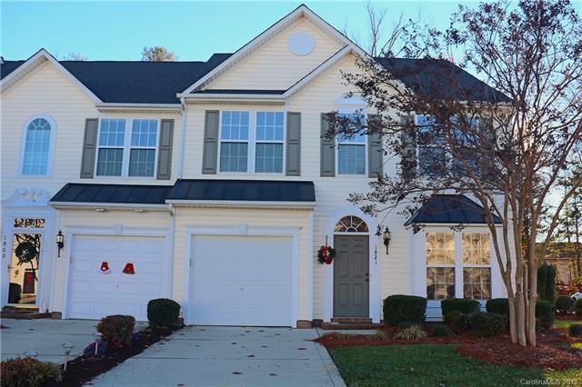 1821 Lookout Lane, Gastonia, NC 28054 (#3460308) :: MartinGroup Properties
