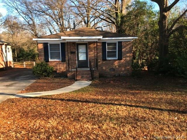 1612 Russell Avenue, Charlotte, NC 28216 (#3460501) :: Exit Mountain Realty