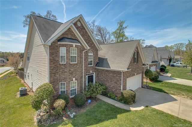 8603 Ridgeline Lane, Charlotte, NC 28269 (#3460736) :: Exit Mountain Realty