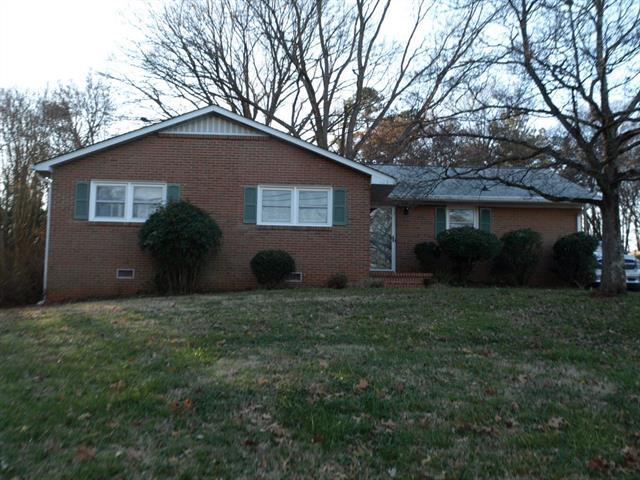215 Johnston Drive, Belmont, NC 28012 (#3461032) :: Exit Mountain Realty