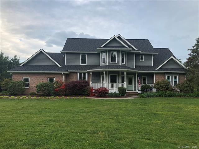 1 Alexander Crest Drive, Fairview, NC 28730 (#3461178) :: Puffer Properties